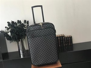 Чемодан LOUIS VUITTON PEGASE LEGERE 55 BUSINESS (LUX)