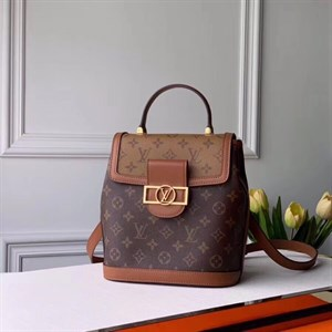 Рюкзак кожаный LOUIS VUITTON MONOGRAM CANVAS DAUPHINE